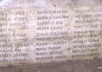 Tiszabő világháborús emlékmű 2009.04.08. küldő-miki (6)