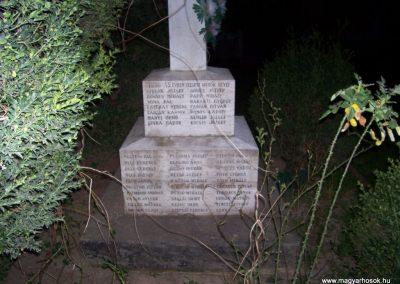 Tiszabő világháborús emlékmű 2009.04.08. küldő-miki (9)