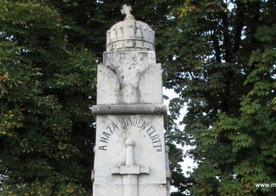 Tiszabura Hősök parkja-I.vh emlékmű 2008.08.21. küldő-Kályhás (2)