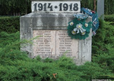 Tiszabura Hősök parkja-I.vh emlékmű 2008.08.21. küldő-Kályhás (6)