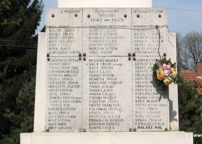 Tiszadada világháborús emlékmű 2009.04.09. küldő-kalyhas (8)