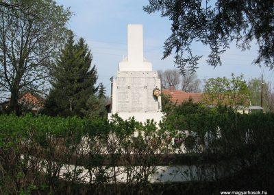Tiszadada világháborús emlékmű 2009.04.09.küldő-kalyhas (3)