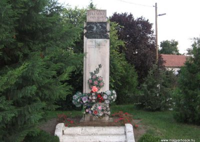 Tiszaderzs világháborús emlékmű 2008.08.21. küldő-Kályhás (1)