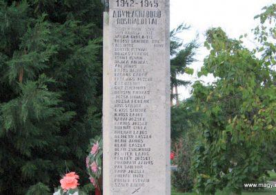 Tiszaderzs világháborús emlékmű 2008.08.21. küldő-Kályhás (6)