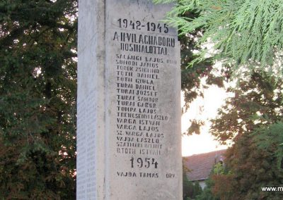 Tiszaderzs világháborús emlékmű 2008.08.21. küldő-Kályhás (8)