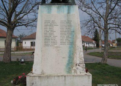 Tiszadob I.vh emlékmű 2009.04.09.küldő-kalyhas (5)
