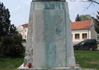 Tiszadob I.vh emlékmű 2009.04.09.küldő-kalyhas (7)