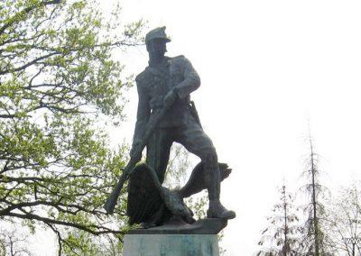 Tiszadob I.vh emlékmű 2009.04.09.küldő-kalyhas (8)