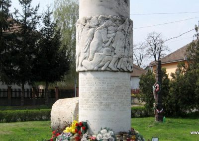 Tiszadob II.vh emlékmű 2009.04.09. küldő-kalyhas (6)
