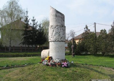 Tiszadob II.vh emlékmű 2009.04.09.küldő-kalyhas (1)