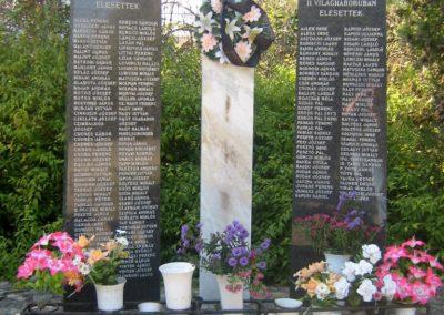 Tiszaeszlár világháborús emlékmű 2010.10.14. küldő-Mónika39