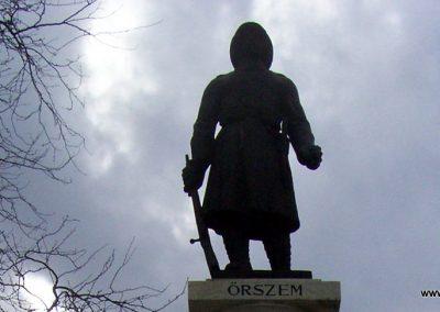 Tiszaföldvár I.vh emlékmű 2009.04.02. küldő-miki (1)