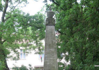 Tiszafüred I.vh emlékmű 2008.06.06. küldő-Kályhás (1)
