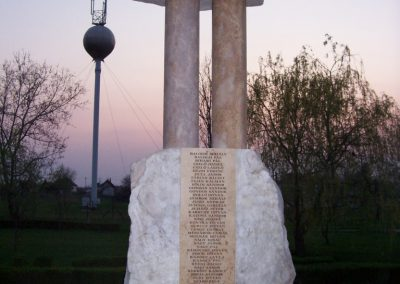 Tiszagyenda II.vh emlékmű 2009.04.08. küldő-miki (1)