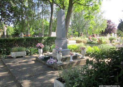 Tiszagyulaháza világháborús emlékmű 2014.06.23. küldő-kalyhas (11)