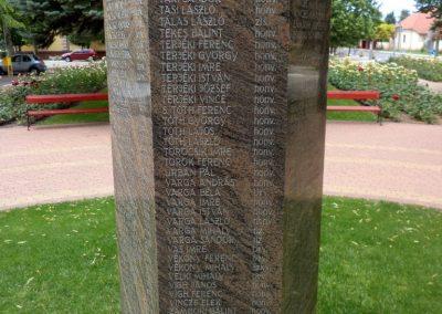 Tiszakécske II. világháborús emlékmű 2015.06.28. küldő-belamiki (13)