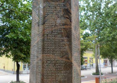Tiszakécske II. világháborús emlékmű 2015.06.28. küldő-belamiki (16)