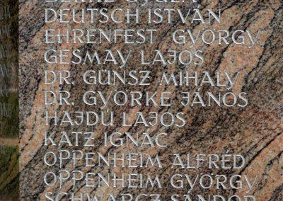 Tiszakécske II. világháborús emlékmű 2015.06.28. küldő-belamiki (19)