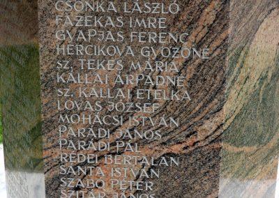 Tiszakécske II. világháborús emlékmű 2015.06.28. küldő-belamiki (5)