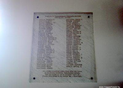 Tiszakarád I. világháborús emléktábla 2013.09.25. küldő-megtorló (2)