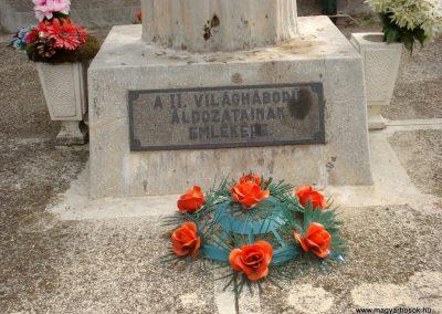 Tiszakarád II. világháborús emlékmű 2013.09.25. küldő-megtorló (3)