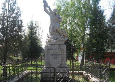 Tiszakeszi I.vh emlékmű 2008.04.22.küldő-Kályhás (1)