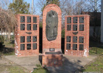 Tiszanána II.vh emlékmű 2008.02.25.küldő-Kályhás (1)