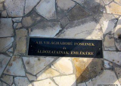 Tiszanagyfalu II. világháborús emlékmű 2014.06.23. küldő-kalyhas (3)