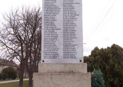 Tiszapüspöki világháborús emlékmű 2006.03.18. küldő-miki (2)