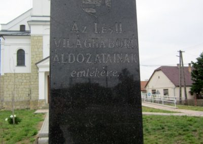Tiszarád világháborús emlékmű 2013.05.23. küldő-kalyhas (3)
