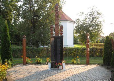 Tiszaroff II.vh emlékmű 2008.08.21. küldő-Kályhás (1)