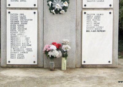 Tiszasüly II.vh emlékmű 2008.10.23. küldő-Kályhás (4)