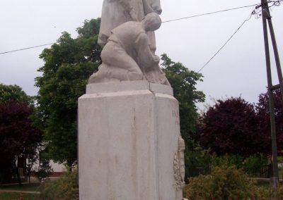 Tiszaszőlős világháborús emlékmű 2009.05.15. küldő-miki (3)