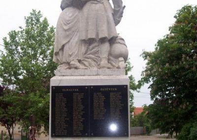 Tiszaszőlős világháborús emlékmű 2009.05.15. küldő-miki (4)