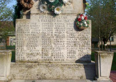 Tiszasziget világháborús emlékmű 2009.02.01. küldő-Horváth Zsolt (1)