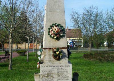 Tiszasziget világháborús emlékmű 2009.02.01. küldő-Horváth Zsolt (4)