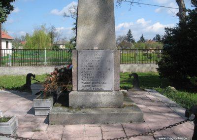 Tiszatarján világháborús emlékmű 2008.04.22.küldő-Kályhás (3)