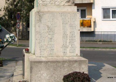 Tiszavasvári világháborús emlékmű 2009.04.09. küldő-kalyhas (11)