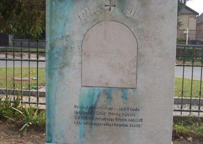 Tokod I.vh emlékmű 2008.10.27. küldő-Horváth Zsolt (2)