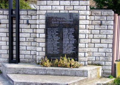 Tokod II. világháborús emlékmű 2014.03.22. küldő-Horváth Zsolt (1)