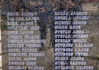 Tokod II. világháborús emlékmű 2014.03.22. küldő-Horváth Zsolt (2)