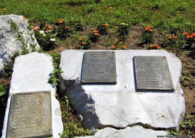Tolna II. világháborús emlékmű 2014.07.13. küldő-Méri (6)