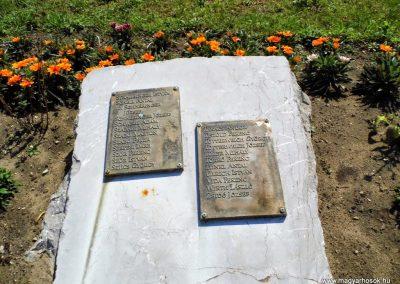 Tolna II. világháborús emlékmű 2014.07.13. küldő-Méri (8)