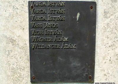 Tolna-Mözs világháborús emlékmű 2014.07.14. küldő-Méri (10)