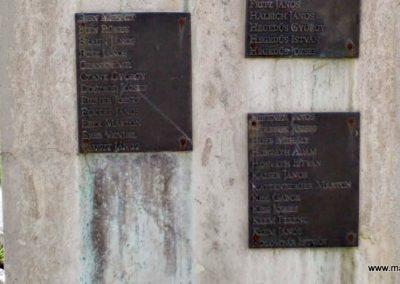 Tolna-Mözs világháborús emlékmű 2014.07.14. küldő-Méri (14)
