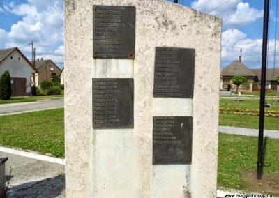 Tolna-Mözs világháborús emlékmű 2014.07.14. küldő-Méri (6)
