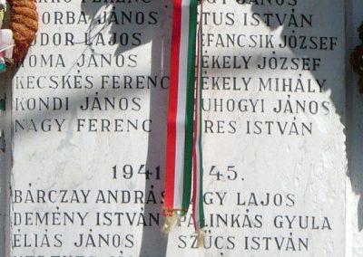 Tomor világháborús emléktábla 2010.08.10. küldő-Gombóc Arthur (2)