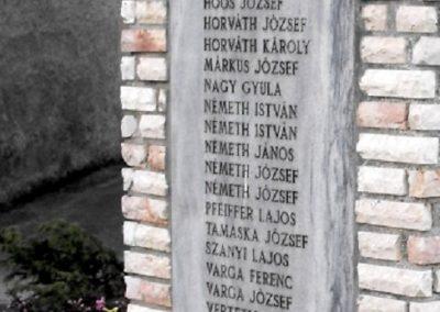 Tompaládony világháborús emlékmű 2011.08.11. küldő- -Nemes- (3)