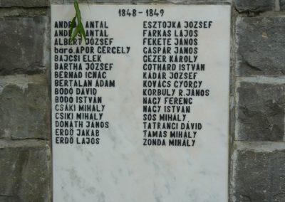 Torja hősi emlékmű 2009.08.21.küldő-Ágca (1)