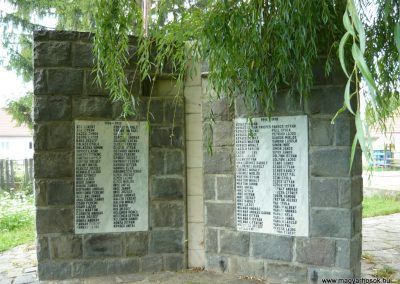 Torja hősi emlékmű 2009.08.21.küldő-Ágca (3)
